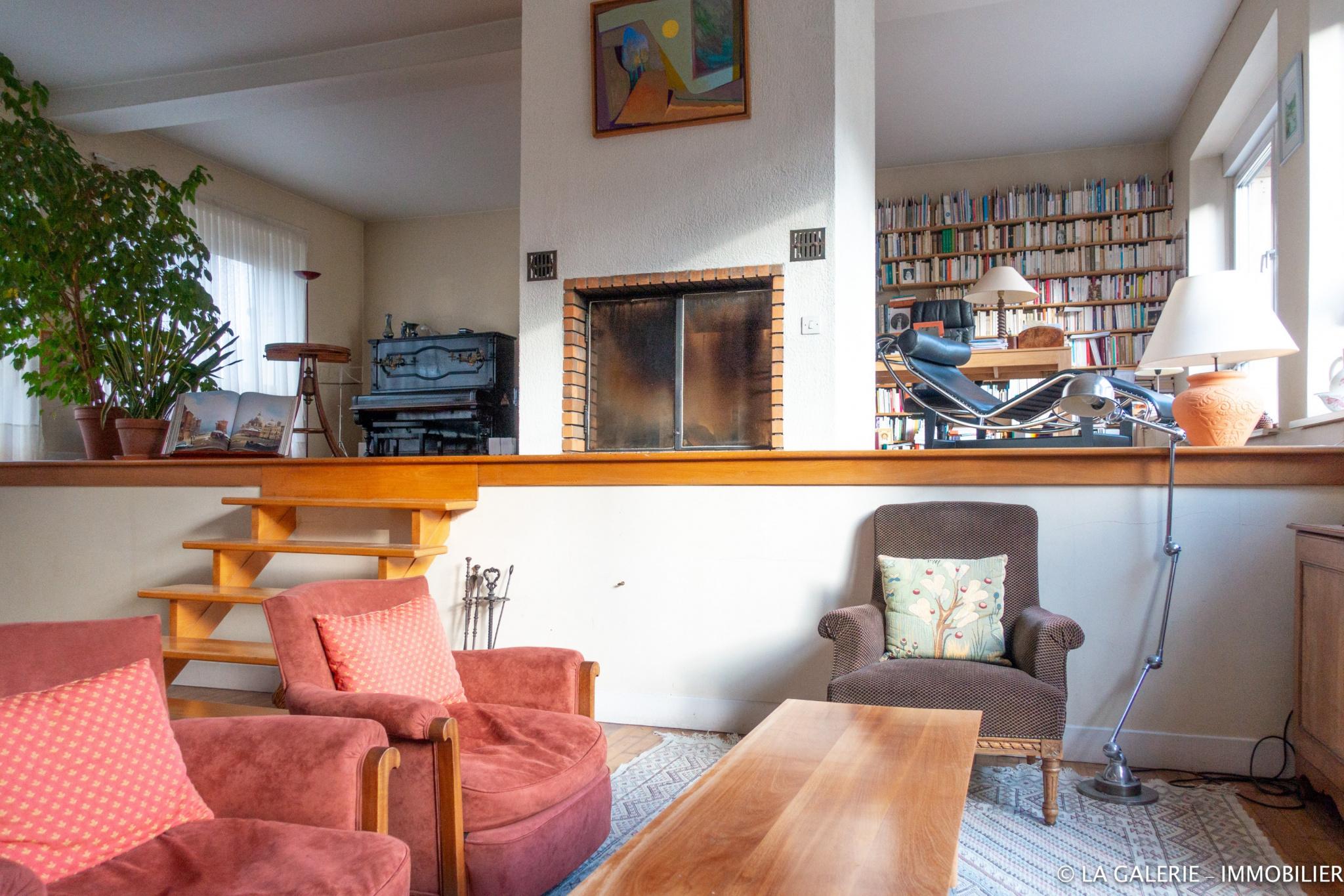 Vente nancy grande maison de ville avec 6 chambres - Maison jardin furniture nancy ...